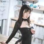 [面饼仙儿] 黑蛇袜 [39P/578M]